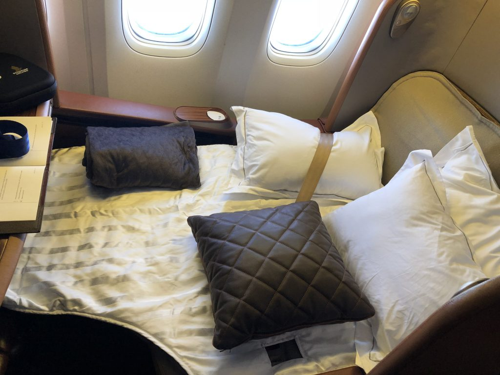 Singapore Airlines First Class Seats Lay flat mode