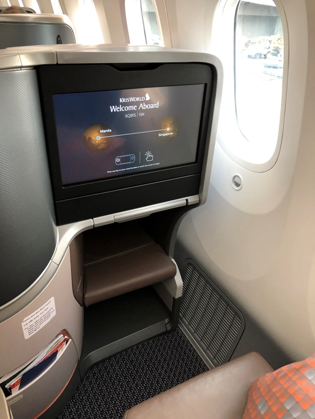 Singapore Airlines Business Class In-Flight Entertainment