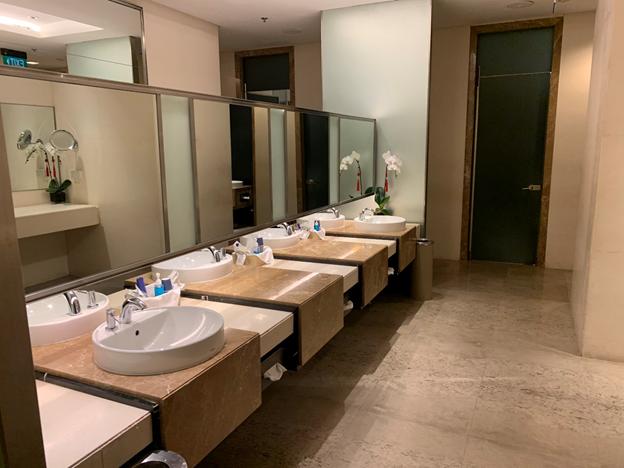 SilverKris Lounge First Class Lounge Comfort Room