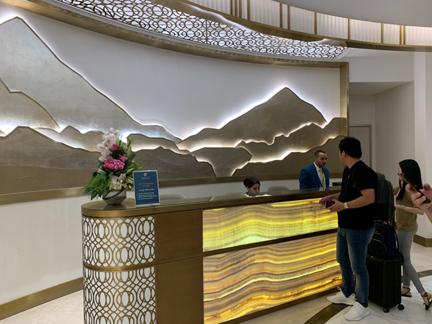 Business and First-Class Lounge Front Desk