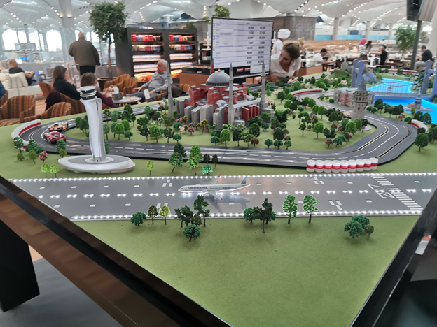 Turkish Business Lounge Toy Car Race Track