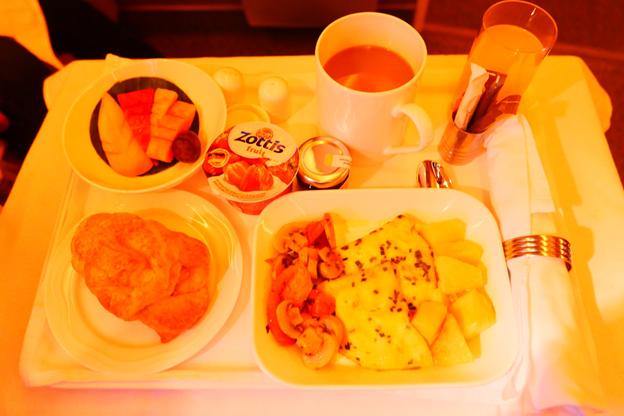 Emirates Business Class Food Service