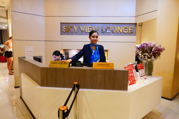 SKY VIEW Lounge Front desk