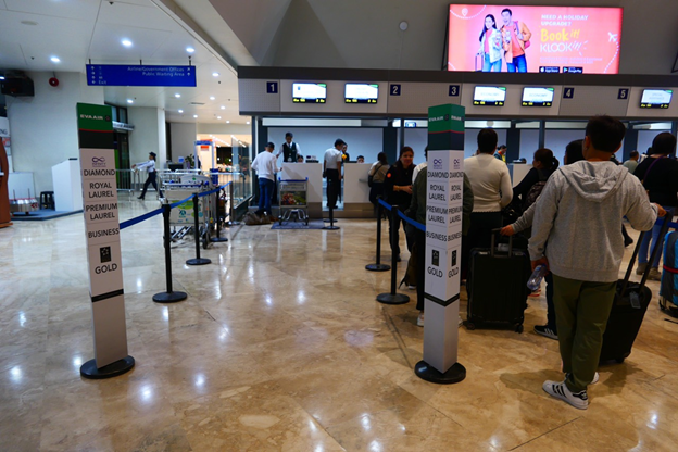 EVA Air Business Class Counter