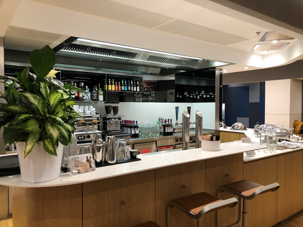 Lufthansa Business Class Lounge Bar