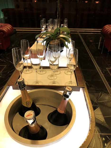 The Wing First Class Lounge Champagne Bar