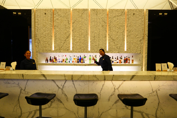 The Wing First Class Lounge Full-service bar